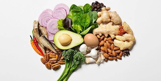 بهترین غذا برای تقویت حافظه و تمرکز - 10 خوراکی تقویتی جادویی