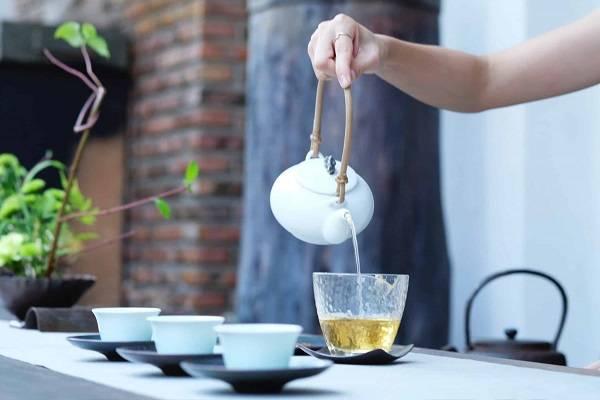 بهترین چای ها برای کاهش وزن - 8 چای جادویی لاغری و چربی سوز